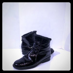Arche Patent leather Full far lined ankle booties